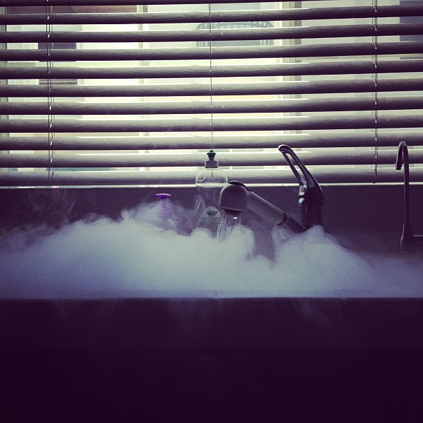Dry Ice Meets Sink #science